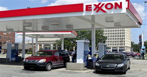 Ouch! Exxon posts big miss; Shell takes massive shale charge