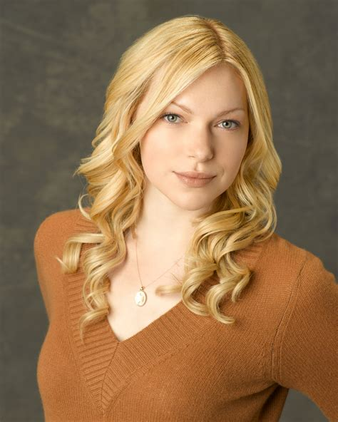 Celebrity Laura Prepon Hair Changes Photos Video