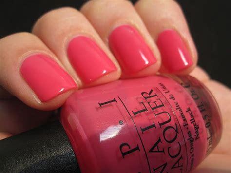 polish chest opi strawberry margarita nails