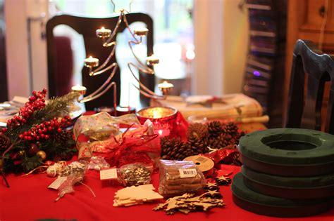christmas tree decorating wreath making fashion