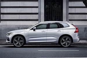 Nouveau Volvo Xc60 : match du salon de gen ve 2017 nouveau volvo xc60 vs mercedes glc ~ Medecine-chirurgie-esthetiques.com Avis de Voitures