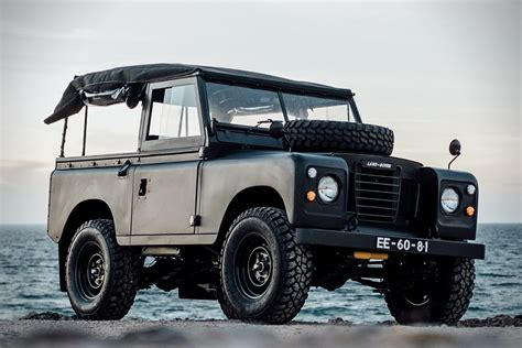 land rover series 3 off road 1972 land rover series 3 defender hiconsumption