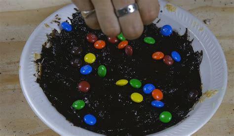 How To Make Chocolate Cake Like A Prison Inmate [WATCH]