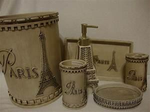 59 best paris room decor images on pinterest paris room for Paris themed bathrooms