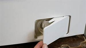 Flusensieb Bosch Waschmaschine : die waschmaschine l uft aus ursachen und l sungen waschmaschine flusensieb reinigen ~ Michelbontemps.com Haus und Dekorationen