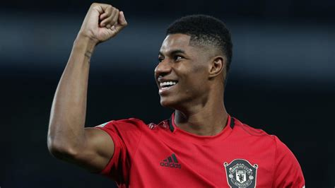 Marcus rashford, 23, from england manchester united, since 2015 left winger market value: Manchester United's Marcus Rashford Raises Money To Help Kids During COVID-19 Pandemic | Complex UK