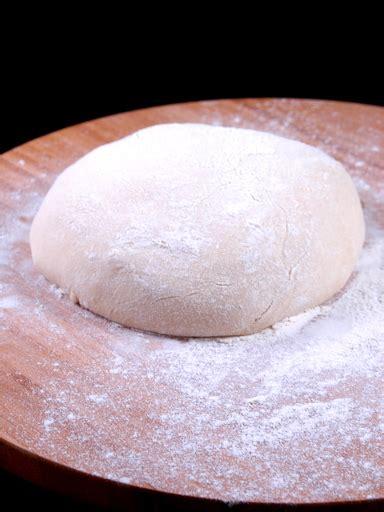 p 226 te 224 pizza 233 paisse et moelleuse recette de p 226 te 224