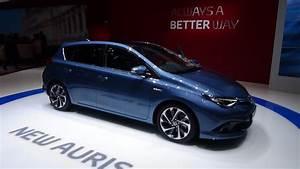 Toyota Auris 2015 : 2016 toyota auris hybrid geneva motor show 2015 youtube ~ Medecine-chirurgie-esthetiques.com Avis de Voitures