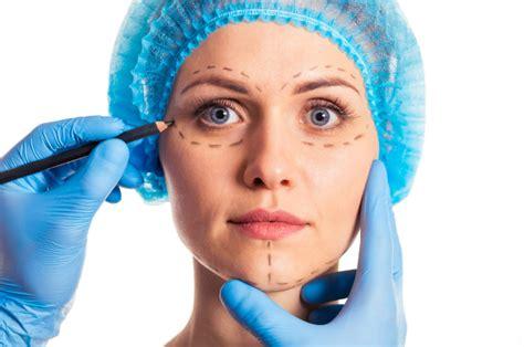plastic surgeon reveals  celebrity facial features