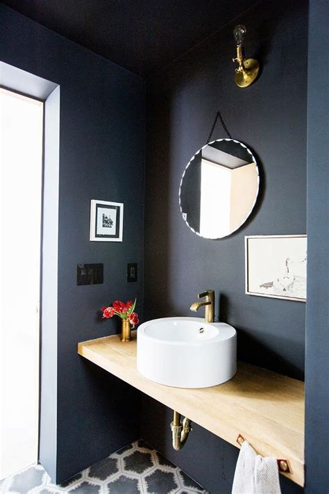 Small Bathroom Paint Ideas by Best 25 Small Bathroom Paint Ideas On Small