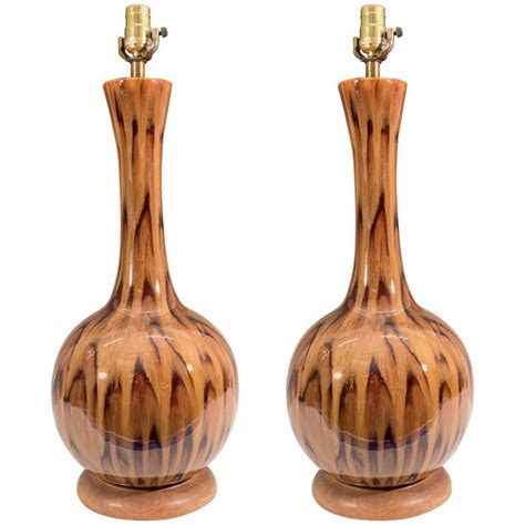 pair of gourd table ls in ceramic with drip glaze for