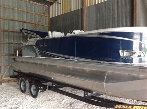 Hanks Boats by Hank S Sales Service Boats For Sale Boats