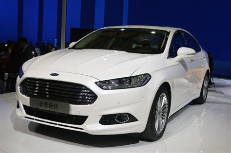 ford mondeo   liter ecoboost debuts  china