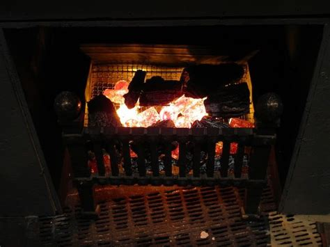 Artificial Flames For Fireplace - best 25 fireplace logs ideas on logs in