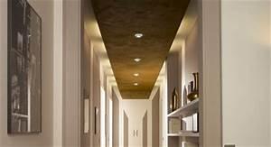 quelle couleur mettre dans un long couloir With peindre un pan de mur en couleur 6 une cuisine noire pour une deco lumineuse travaux