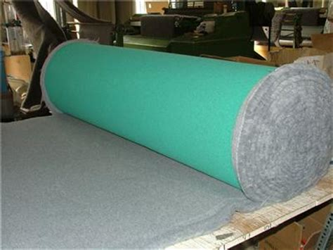 Vet Bed For Puppies by Vet Bed Green Back 10m 5m Roll Whelping Fleece Cat