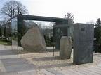 Jelling stones - Wikipedia