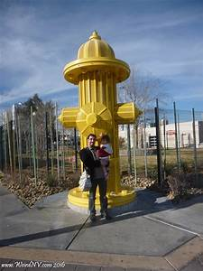 World's Largest Functioning Fire Hydrant - Weird California