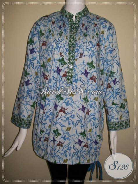 blus batik wanita kerah shanghai warna biru dasar putih