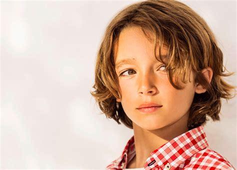 coiffure enfant pour petit garcon tendances ete