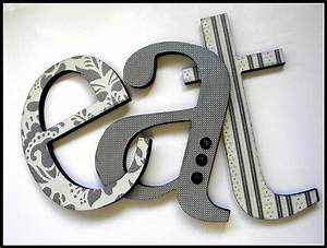 eat sign wooden letters eat kitchen decor by dwellingonline With kitchen letters decoration