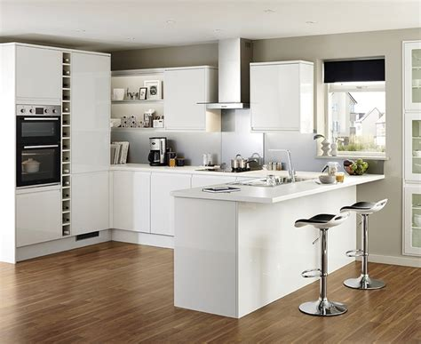howdens cuisine clerkenwell gloss white kitchen contemporary kitchens