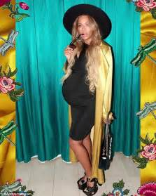 gold earrings for babies beyonce shows glamorous pregnancy style daily