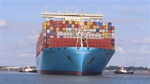 2nd largest container ship Madrid Maersk arrives to ...