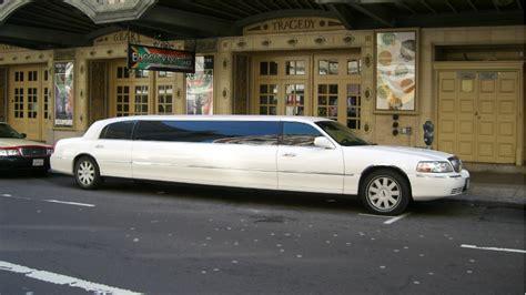 Lax Limousine by Pourquoi Appelle T On Limousines Certaines Voitures De