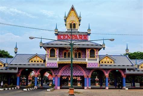 daftar lengkap tempat wisata  surabaya