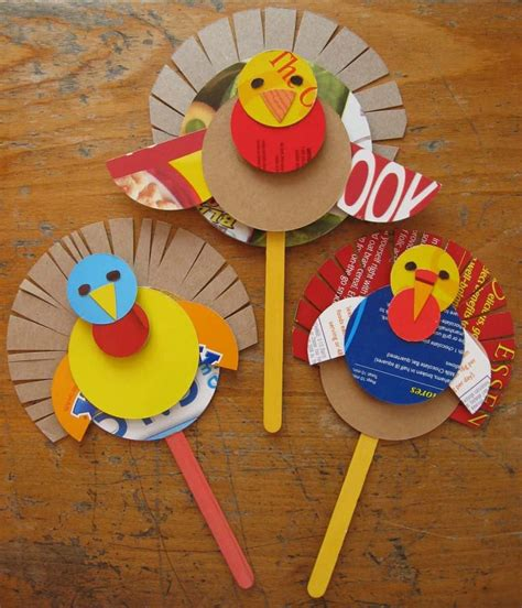 hello wonderful 15 terrific thanksgiving crafts 730 | turkeys%20004