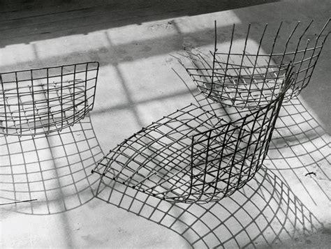 bertoia asymmetric chaise knoll