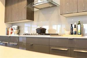 Glass Backsplash Is A Trendy Low Maintenance Choice For