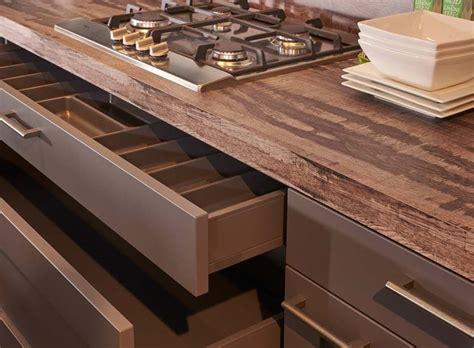 Lade Moderne by Moderne Grijze Keuken Met Eiland Incl Apparatuur Db Keukens