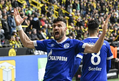 This is what you need to do: Bayern title boost as 9-man Dortmund loses to Schalke 4-2