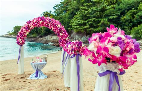 flower arrangements weddings  phuket