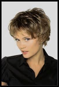 Coupe Cheveux Tete Ronde : luxe de coupe cheveux tres court femme cheveux ~ Melissatoandfro.com Idées de Décoration