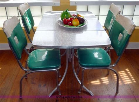 1960's chrome dining table and chairs   Formica Tables