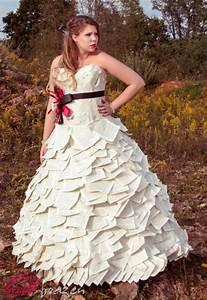 amazing recycled wedding dresses wedding fanatic With recycled wedding dresses