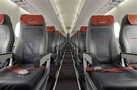 außen und innen neues kabinendesign f 252 r q400 und fokker 70 100 der aua austrian wings