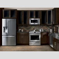 New Kenmore Pro® Kitchen Appliance Suite Delivers Luxury