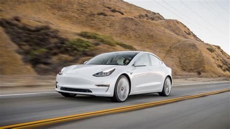 Tesla Introduces Cheaper Model 3