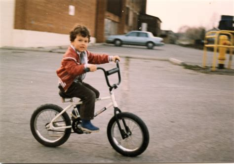 how to ride a bike learn to ride a bike www imgkid com the image kid has it