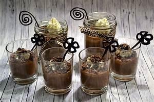 Bilder Im Glas : schokoladenpudding selbst gemacht rezept desserts im ~ Orissabook.com Haus und Dekorationen