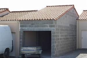 Photos de garages en parpaing construire garagecom for Garage en parpaing de 20m2