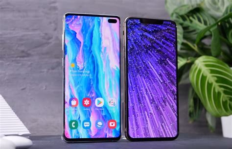 samsung galaxy s10 vs iphone xs geeky gadgets