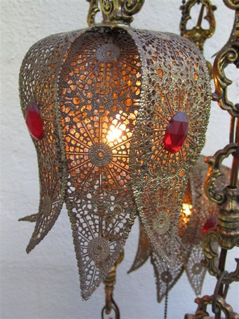 VINTAGE HANGING SWAG 5 Light   Lamp   Moroccan Style. $299