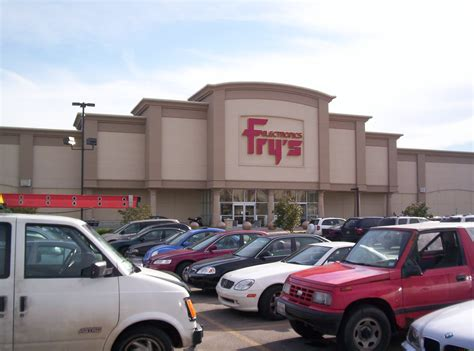 File:Fry's Electronics in Downers Grove, Illinois.jpg ...