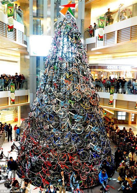 christmas tree   bicycles