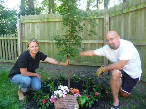 17 best ideas about memorial gardens on